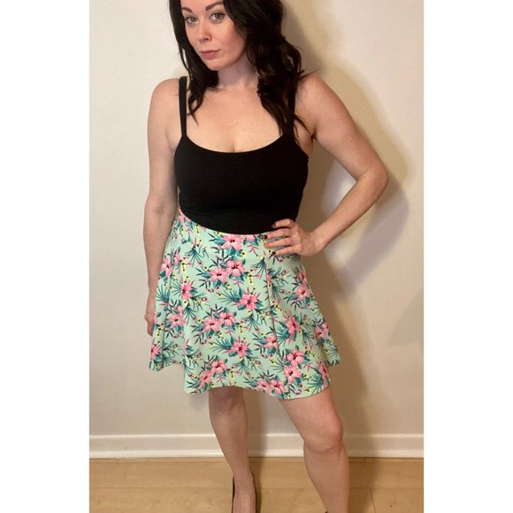 H&M Green w/ Pink Floral Mini Skirt